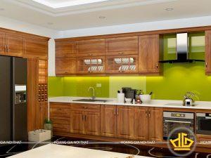 Tủ bếp gỗ lát anh Hoàng Láng Hạ