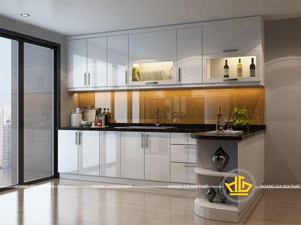 Tủ bếp áp trần là giải pháp hữu hiệu để tận dụng khoảng không hiệu quả